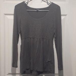American eagle grey long sleeve shirt